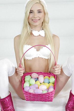 Kings Court Massage - Easter eggs girl